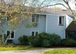 Short Sale in Branford 06405 FLORENCE RD - Property ID: 6322598465
