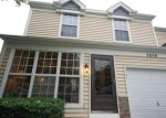 Short Sale in Elgin 60123 COLLEGE GREEN DR - Property ID: 6323565965