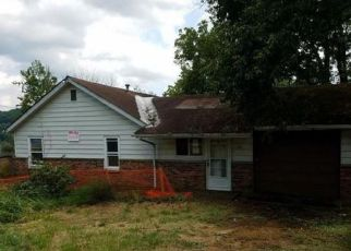 Foreclosure Auction in Saint Albans 25177 DUPONT ST - Property ID: 1713214729