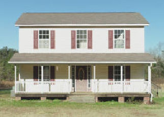 Foreclosure Auction in Saint Matthews 29135 GUINYARD RD - Property ID: 1721601933