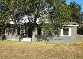 Foreclosed Home in Elmendorf 78112 GRAND SPG - Property ID: 1019707423