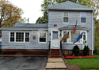 Foreclosed Home in Winchendon 01475 SPRUCE ST - Property ID: 1033669604