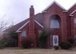 Foreclosed Home in Lawton 73505 NW PECAN VALLEY DR - Property ID: 1078022797