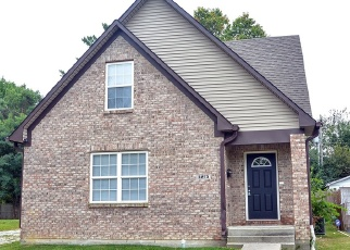 Foreclosed Home in Indianapolis 46219 E 11TH ST - Property ID: 1087181256
