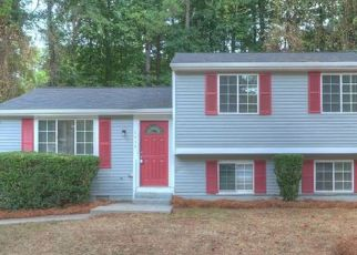 Foreclosed Home in Stone Mountain 30088 COUNTYDOWN LN - Property ID: 1105583617