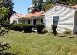 Foreclosed Home in Gallipolis 45631 HEDGEWOOD DR - Property ID: 1106290958