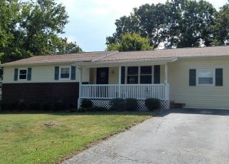 Foreclosed Home in Crossville 38555 BENT TREE DR - Property ID: 1174410801
