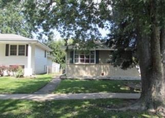 Foreclosed Home in Lansing 60438 E 170TH ST - Property ID: 1201781541