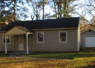 Foreclosed Home in Portsmouth 23702 EASTON ST - Property ID: 1225998882