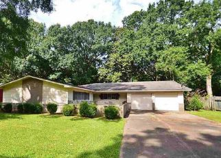 Foreclosed Home in Jackson 39212 WOODDELL DR - Property ID: 1262195677