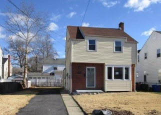 Foreclosed Home in Woodbury 08096 ELM AVE - Property ID: 1267466691