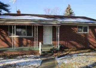 Foreclosed Home in Warren 48089 TECLA AVE - Property ID: 1275790379