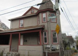 Foreclosed Home in Providence 02909 TERRACE AVE - Property ID: 1297406142
