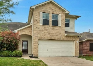 Foreclosed Home in Baytown 77523 SUGAR CANE DR - Property ID: 1303357338