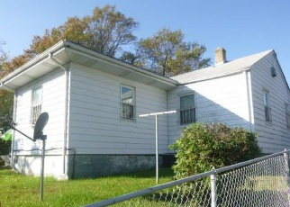Foreclosed Home in Richmond 23223 WOOD ST - Property ID: 1311059106