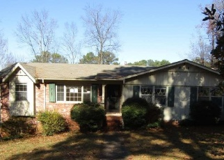Foreclosed Home in Birmingham 35235 OLD OAK CIR - Property ID: 1316817602