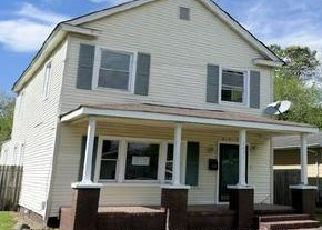 Foreclosed Home in Hampton 23661 ERVIN ST - Property ID: 1349817179