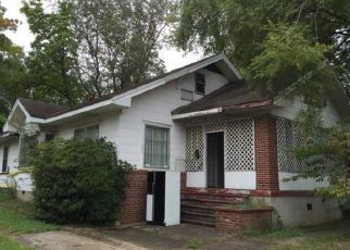 Foreclosed Home in Bessemer 35020 7TH AVE N - Property ID: 1397767453