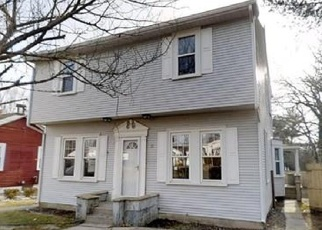 Foreclosed Home in Fairhaven 02719 HARVARD ST - Property ID: 1423208940