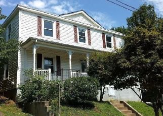 Foreclosed Home in Lynchburg 24504 POLK ST - Property ID: 1441406756