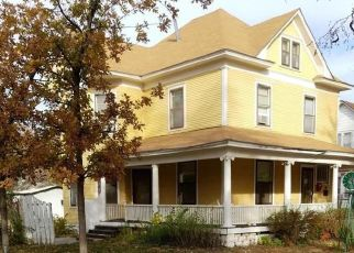 Foreclosed Home in Garden City 67846 N 7TH ST - Property ID: 1533456174