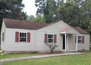 Foreclosed Home in Rossville 30741 W STATE LINE RD - Property ID: 1590349440