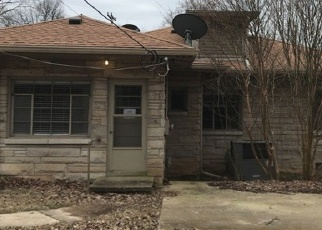 Foreclosed Home in Hopkinsville 42240 MOORELAND DR - Property ID: 1599226742