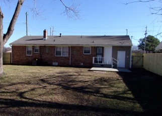 Foreclosed Home in Memphis 38118 TCHULAHOMA RD - Property ID: 1614175217