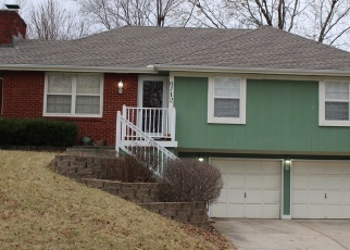 Foreclosed Home in Kansas City 64152 NW SIOUX DR - Property ID: 1670694904