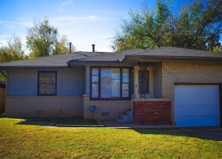 Foreclosed Home in Oklahoma City 73111 NE 29TH ST - Property ID: 1716783337