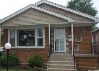 Foreclosed Home in Chicago 60628 S PRAIRIE AVE - Property ID: 1731521152