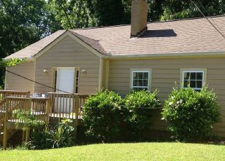 Foreclosed Home in Atlanta 30310 WESTBORO DR SW - Property ID: 1763055731