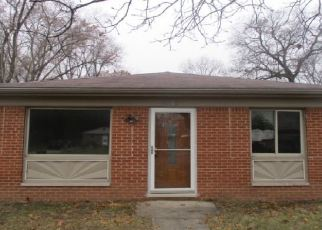 Foreclosed Home in Taylor 48180 BEECH DALY RD - Property ID: 1800622955