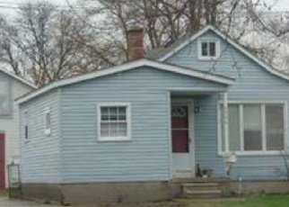 Foreclosed Home in Dearborn Heights 48125 WESTPOINT ST - Property ID: 1843250519
