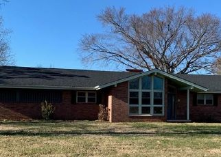 Foreclosed Home in Hildebran 28637 N CENTER ST - Property ID: 1851076228