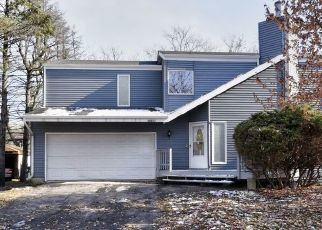 Foreclosed Home in Flossmoor 60422 AVERS AVE - Property ID: 1862750879