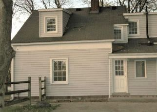 Foreclosed Home in Oregon 43616 NAVARRE AVE - Property ID: 1882533721
