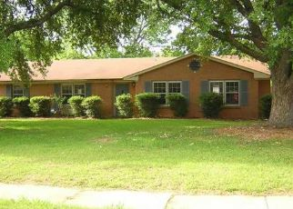 Foreclosed Home in Montgomery 36116 WOODBRIDGE DR - Property ID: 1904213876