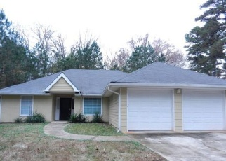 Foreclosed Home in Ellenwood 30294 LINECREST RD - Property ID: 1905662239