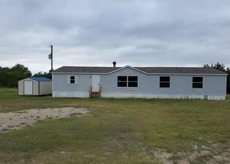 Foreclosed Home in Gatesville 76528 LINDAS LN - Property ID: 1938202402
