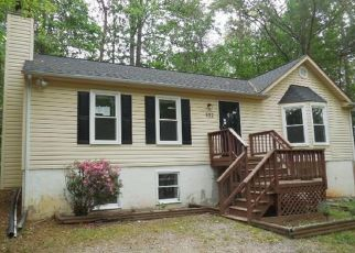 Foreclosed Home in Ruther Glen 22546 HAMPSHIRE DR - Property ID: 1948043233