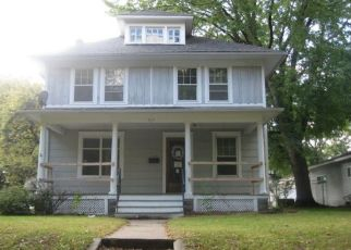 Foreclosed Home in Montevideo 56265 N 3RD ST - Property ID: 1971526982