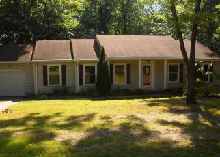 Foreclosed Home in Williamsburg 23185 INDIAN CIR - Property ID: 1978665507