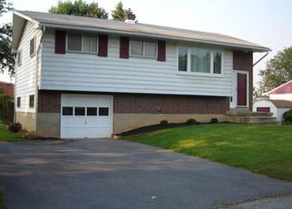 Foreclosed Home in Allentown 18104 KINGSTON PL - Property ID: 2006277579
