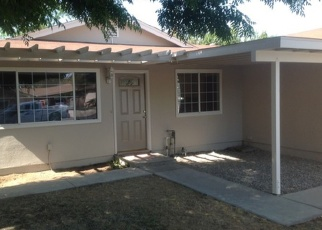 Foreclosed Home in Kingsburg 93631 ROOSEVELT ST - Property ID: 2349414884