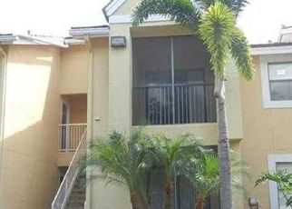 Foreclosed Home in Miami 33196 SW 155TH CT - Property ID: 2391542721
