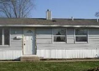 Foreclosed Home in Carpentersville 60110 GOLFVIEW LN - Property ID: 2399955764