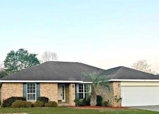 Foreclosed Home in Cantonment 32533 JOSHUA DR - Property ID: 2418942814