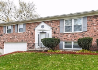 Foreclosed Home in Glenwood 60425 N LONGWOOD DR - Property ID: 2425871555