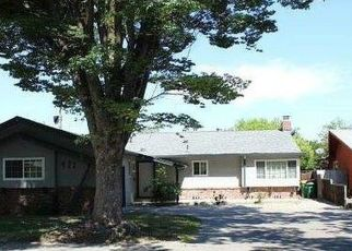 Foreclosed Home in Stockton 95207 LESLIE AVE - Property ID: 2482025521